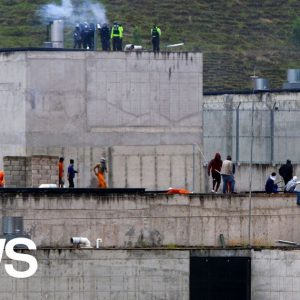 At least 75 prisoners die in clashes between rival drug gangs in 3 prisons in Ecuador