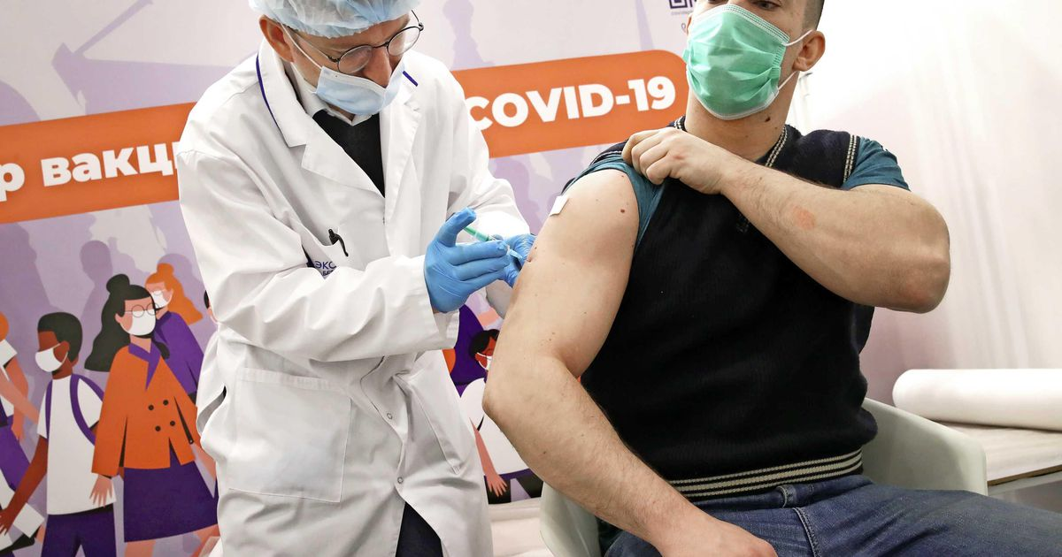 "Russia cuts Sputnik vaccine price in half, Pfizer ""wants to increase"" |  Abroad"