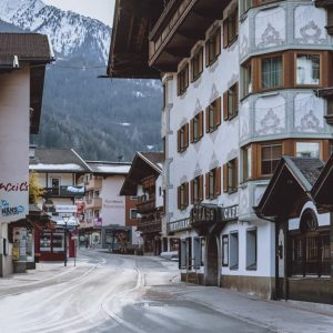 South African Alternative Breakout: Austrian Ski Village Totally Closed