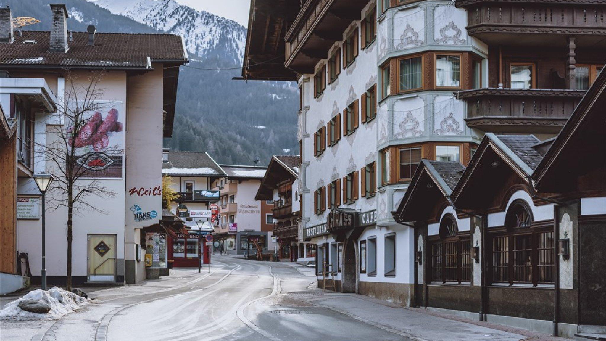 South African Alternative Breakout: Austrian Ski Village Totally Closed