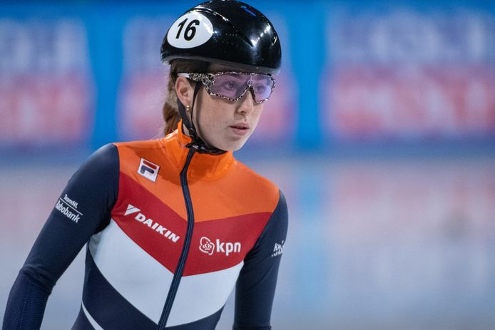 Lara Van Roiggen.