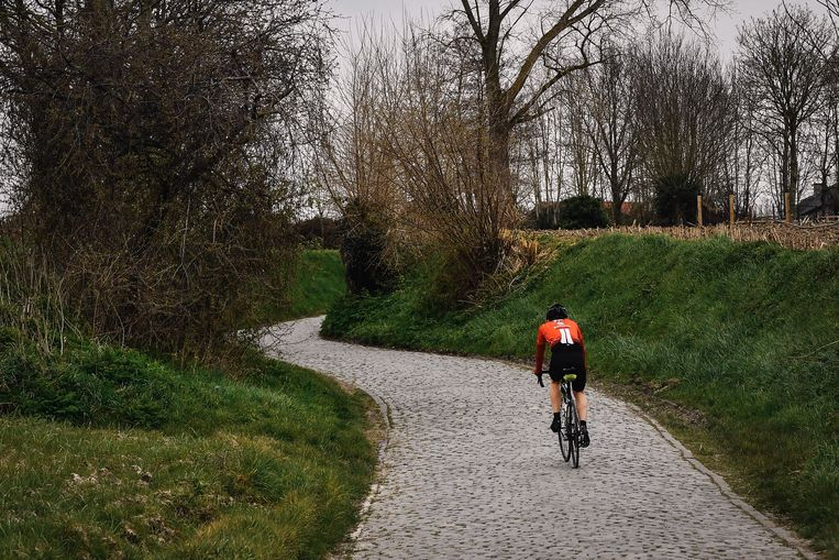 The audience had to turn away from Kwaremont on the Flanders tour.  BELGA image