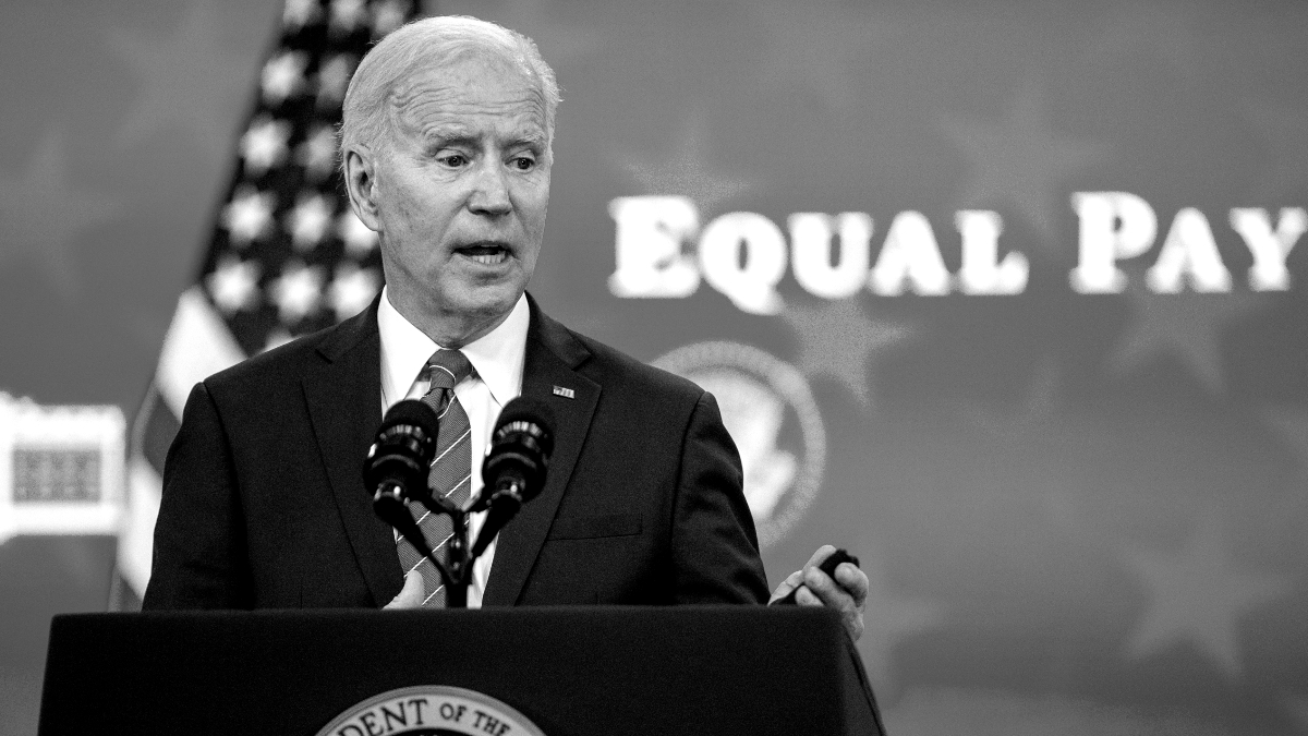 What does the president of America earn?  Joe Biden chooses this every year