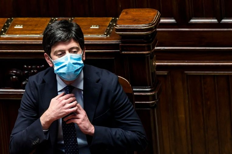 Italian Health Minister Roberto Speranza during inquiry time in Rome.  Photo of the Environmental Protection Agency