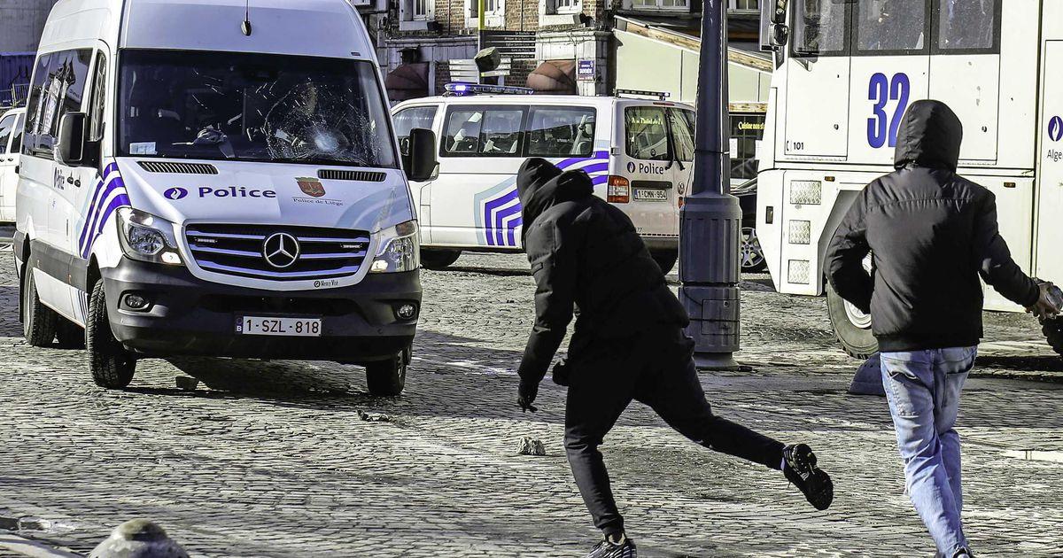 "36 officers injured after riots: Black lives matter: ""A wave of anger and violence"" |  Abroad"