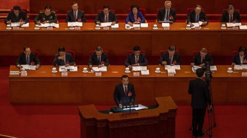 Chinese Prime Minister at the People's Congress: extreme poverty, economic growth this year is gone