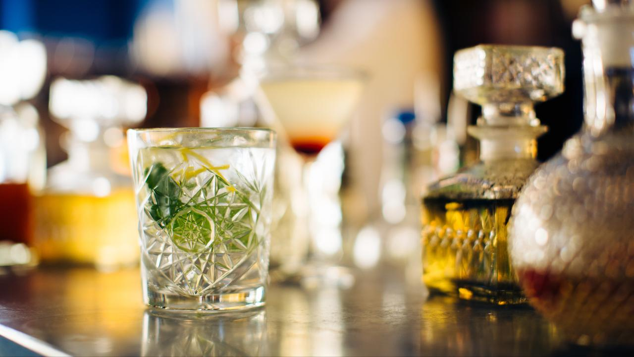 Fewer gin tonics ordered due to restaurant closures and reduced British gin exports |  Currently