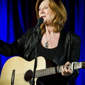 Lenny Kohr reclaims guitar after she won over ESF |  Entertainment
