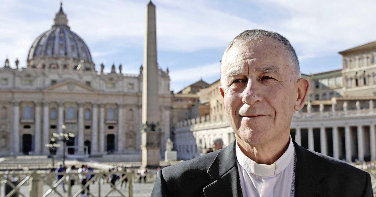 New Zealand Catholic Church apologizes for abuse    Abroad