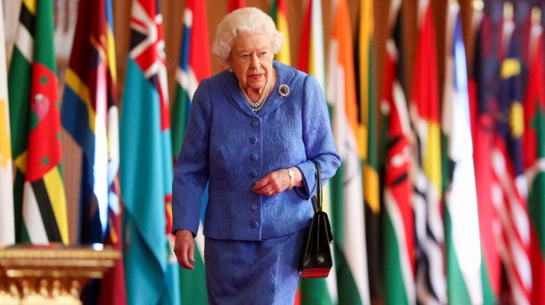 The brooch that the Queen wore while talking was very deliberately chosen