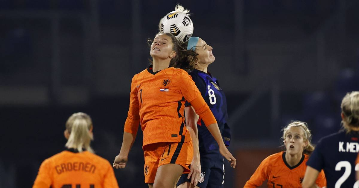 There is still a gap for the lionesses to close after defeating world champion VS |  Dutch football