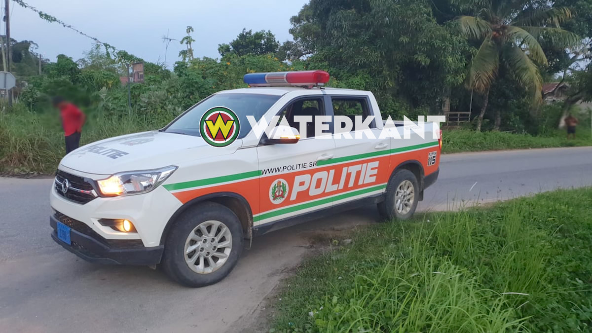 politie-auto-pro-wagen-suriname