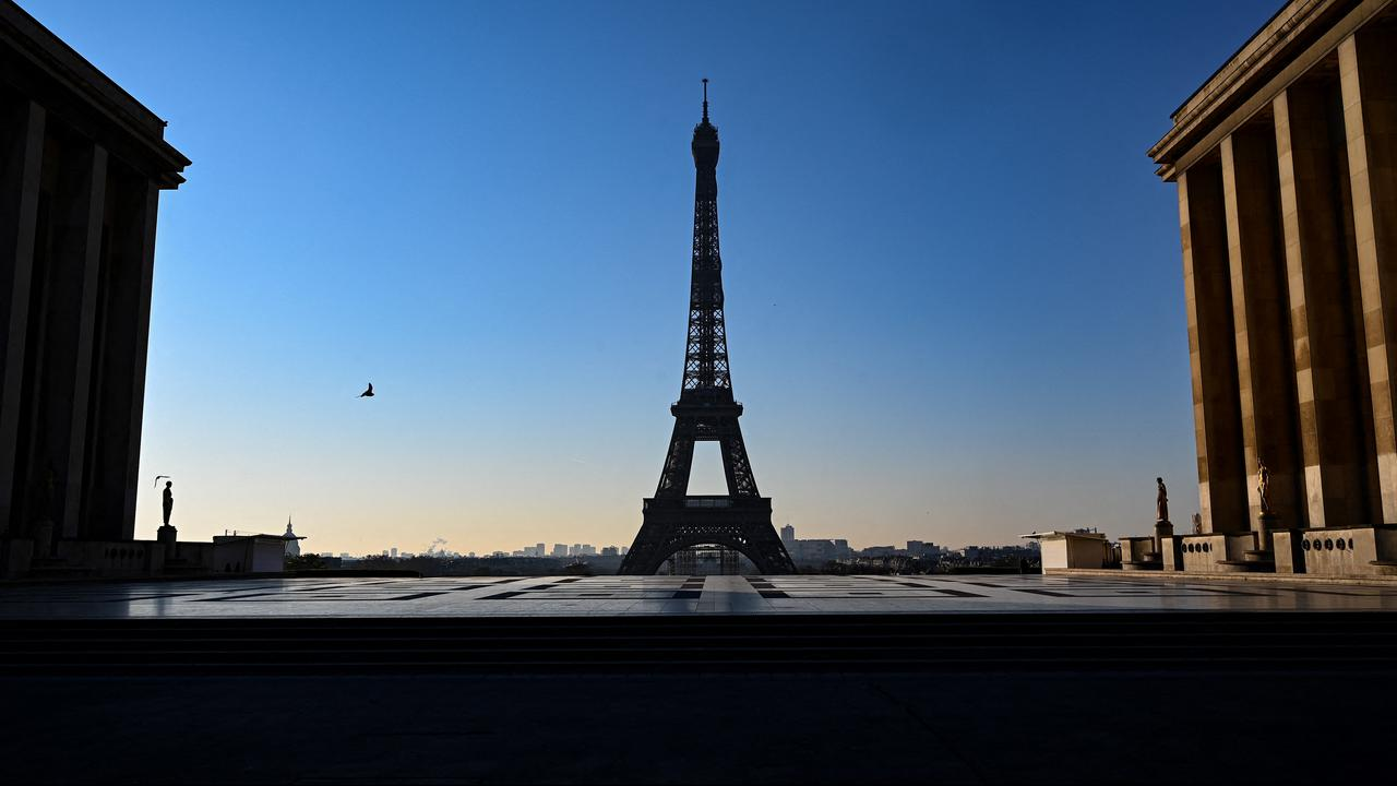 """A French minister warns: """"A new closure hits economic growth"""" 