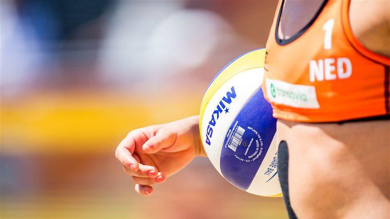 Beach Volleyball Players Fight Bikini Ban |  panorama