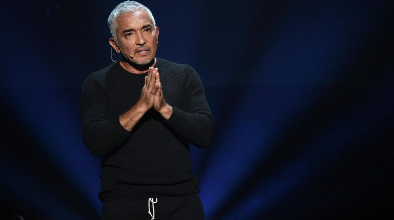 """Dog whisperer"" Cesar Milan stands up to be bitten by a dog Joe Biden 