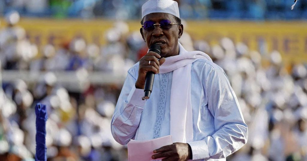 The death of the re-elected president of Chad on the front line |  abroad