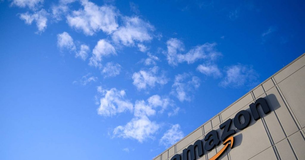 Amazon recruiting 75,000 people and giving vaccine rewards  Economie