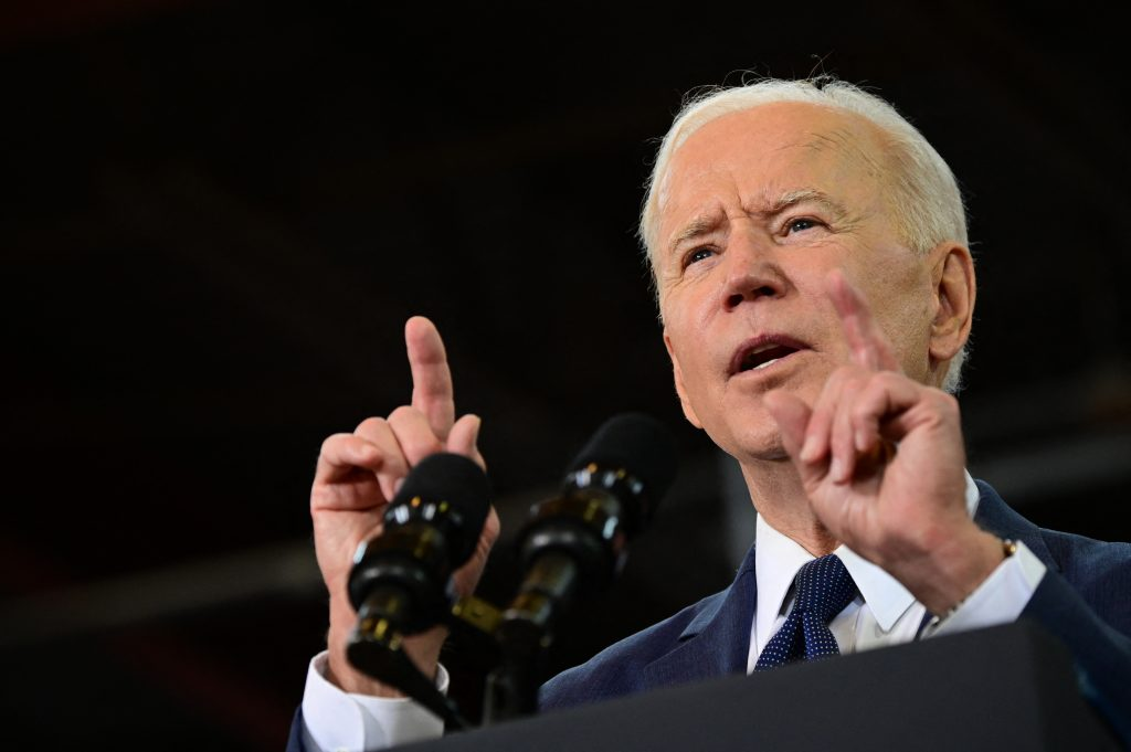 "Biden calls American clubs: ""Opening up the stadiums completely is a mistake"" 