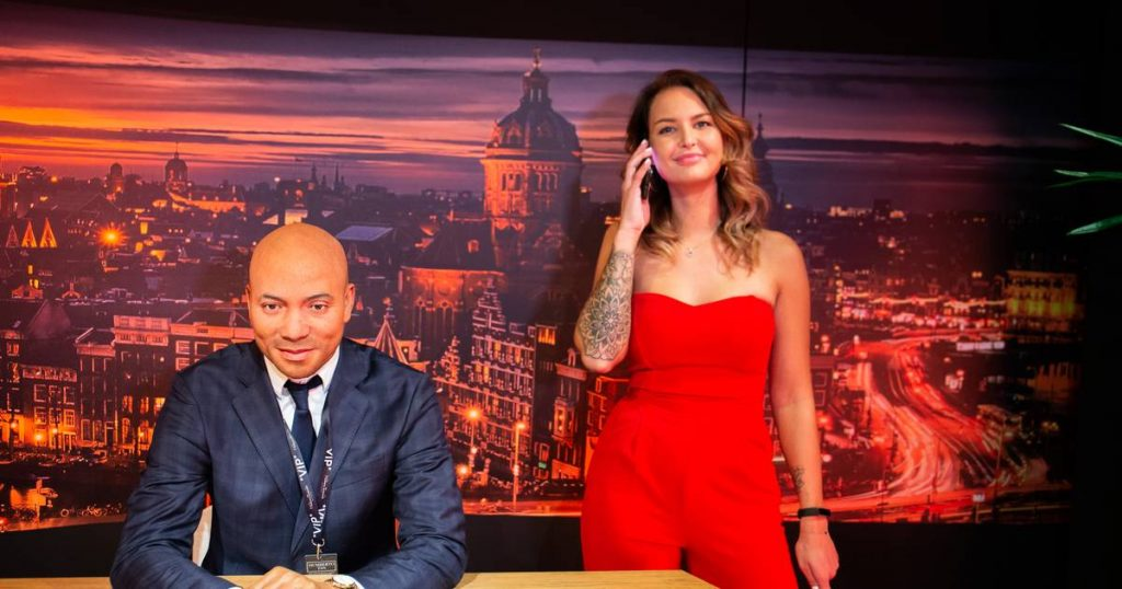 Joyce, 23, from Marcello gets a wax figure at Madame Tussauds    Turns out