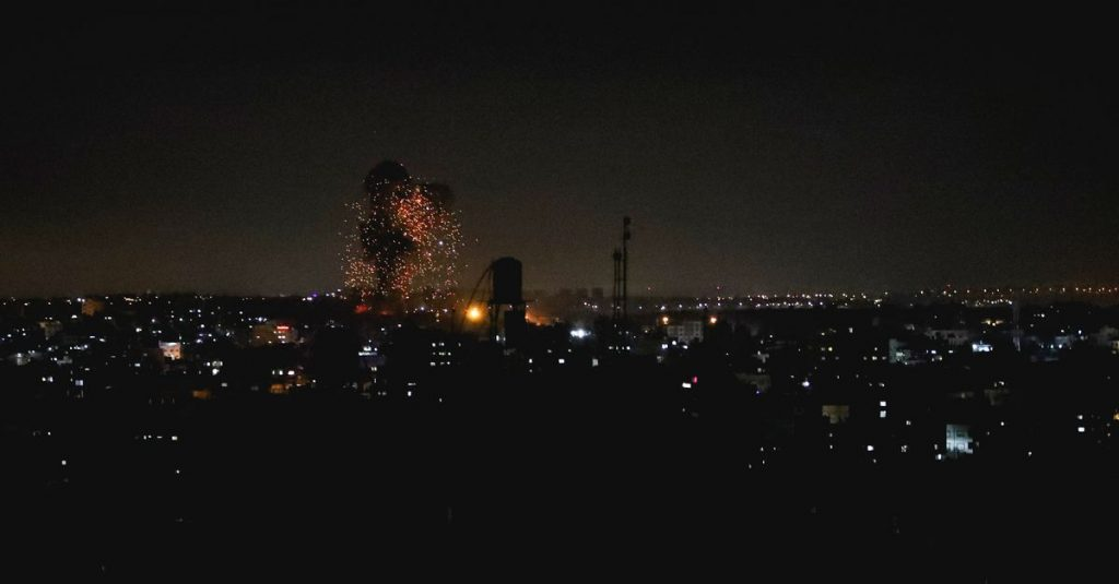 More airstrikes on Gaza after incendiary balloons