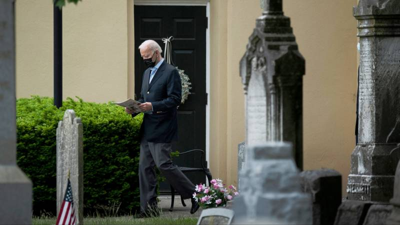 American priests want to refuse communion with Biden on abortion position