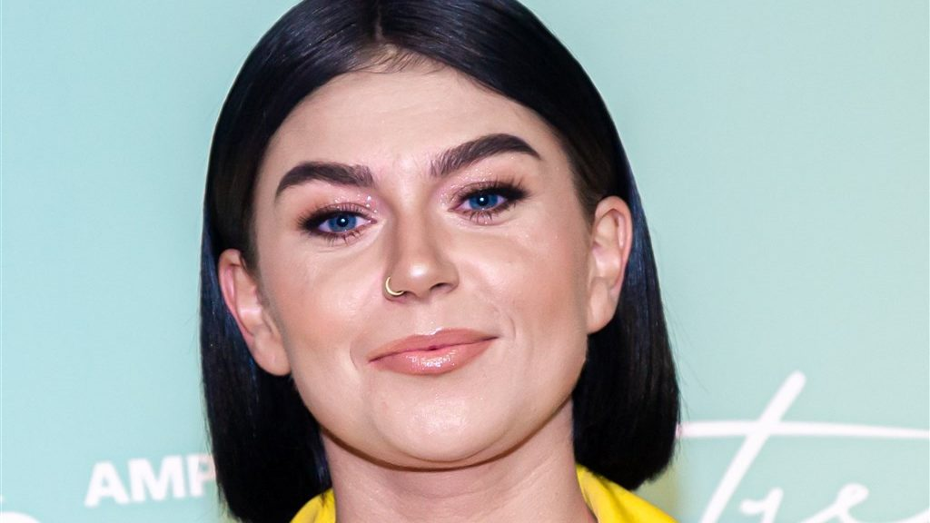 Roxanne Hazes reunited with her half-sister Natalie years later