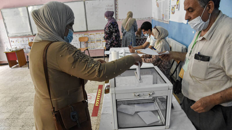 The opposition boycotts the elections in Algeria: 'It's a farce'