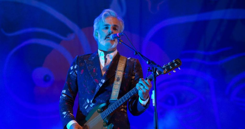 Triggerfinger's Robin Block Goes Solo: 'I wanted to do something completely different' |  show
