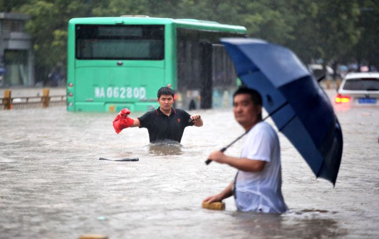 25 dead after severe weather in China, the capital forced a large-scale evacuation