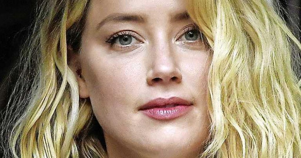 Amber Heard became either by way of an alternate |  stars