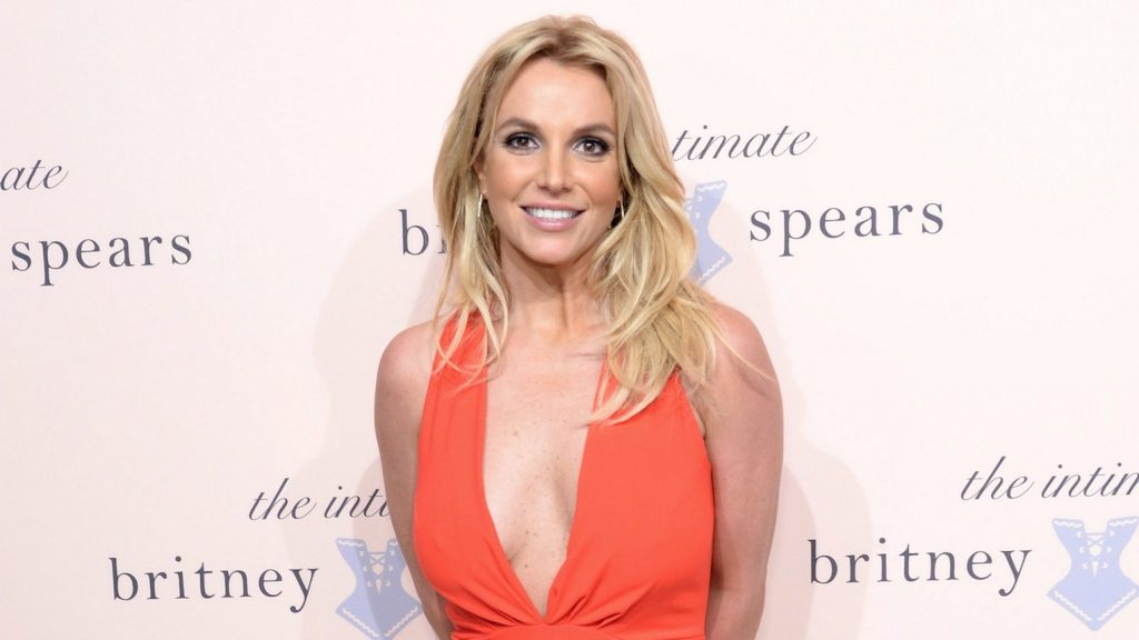 Britney Spears wants to sue her father, and she can hire her own lawyer
