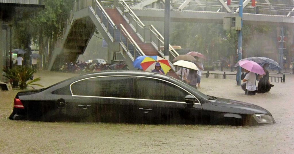 Deaths and floods in a Chinese city after heavy rain |  abroad