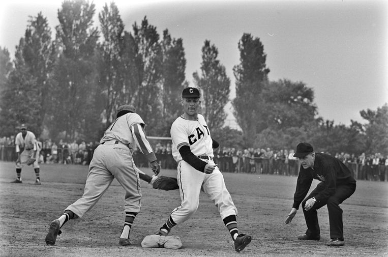Han Urban (1927-2021): pioneer of baseball