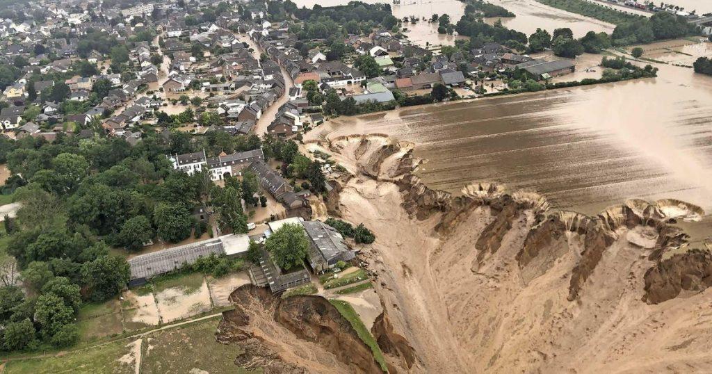 Strange photos: dead and missing after a landslide in North Rhine-Westphalia |  abroad