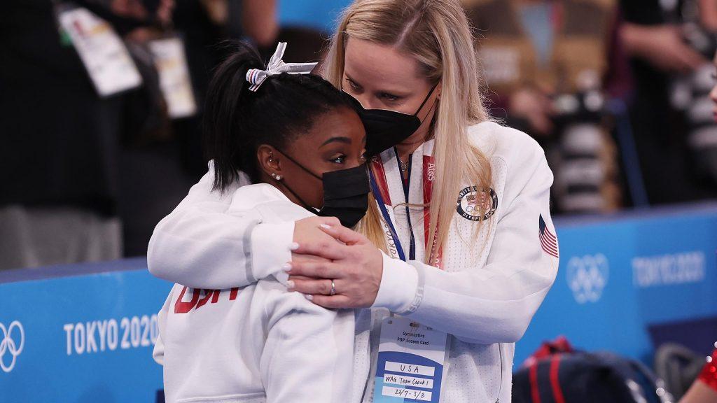 Tokyo 2020    Russia wins gymnastics final after Biles surrender