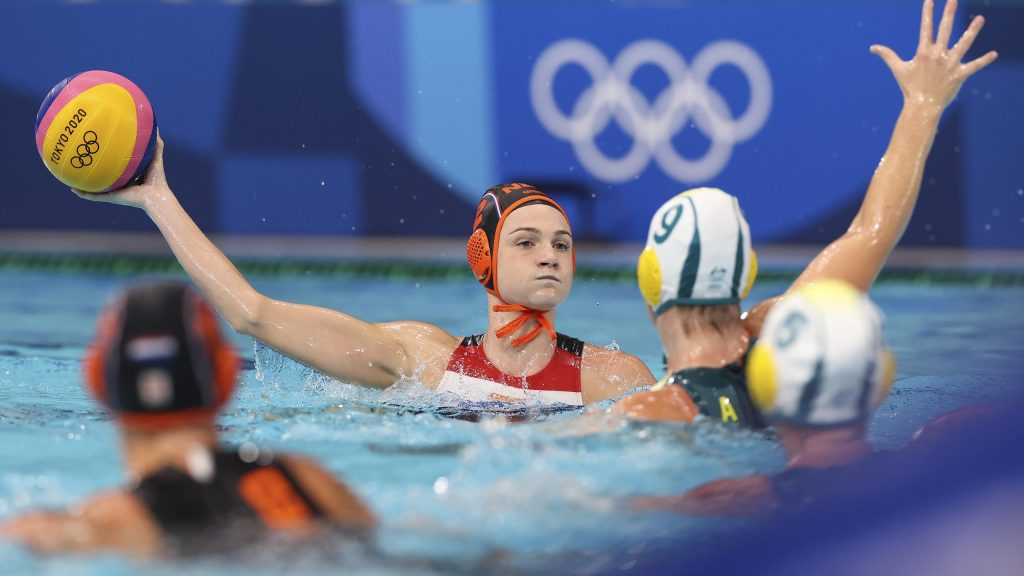 Tokyo 2020    Water polo players let victory over Australia pass