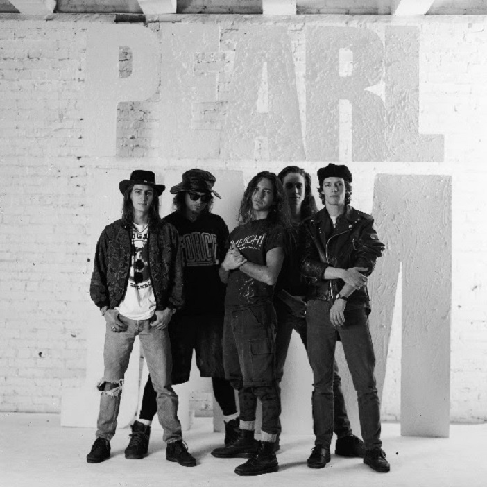 Pearl Jam celebrates the 30th anniversary of its hit album Ten