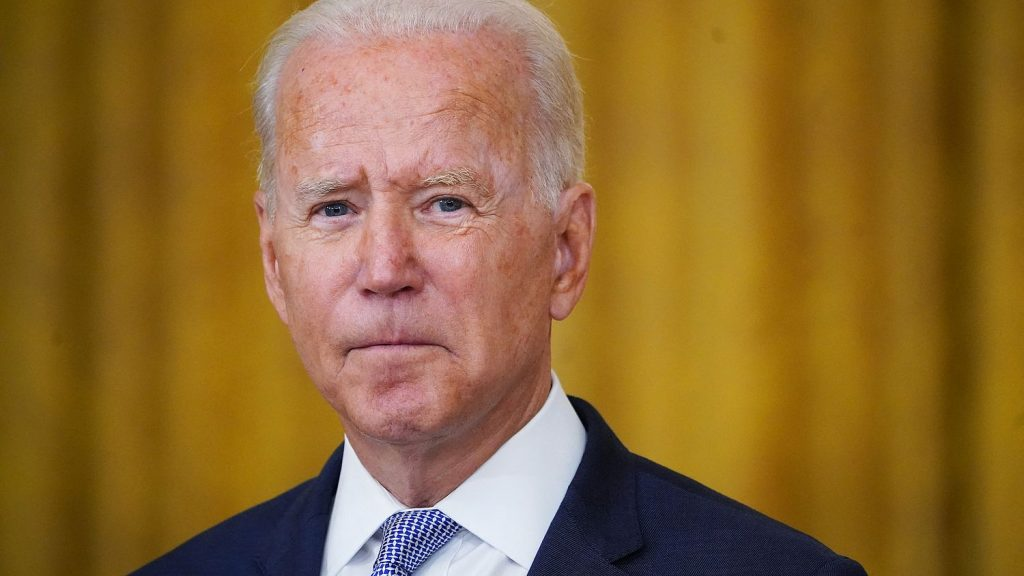 Joe Biden wants to be the 'greenest' president, but he's asking for extra oil: that's how it is