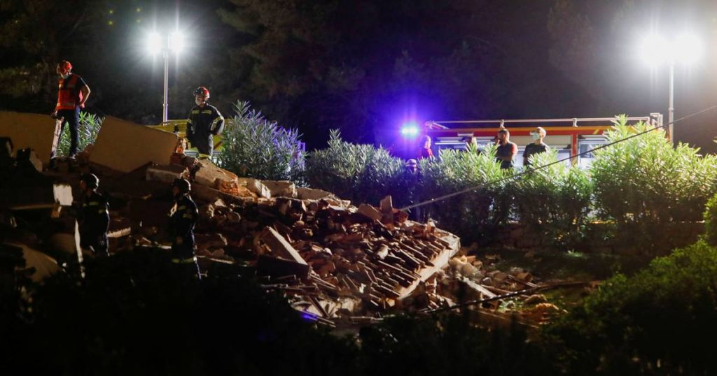 Missing after apartment complex collapse in Spanish seaside resort |  Abroad