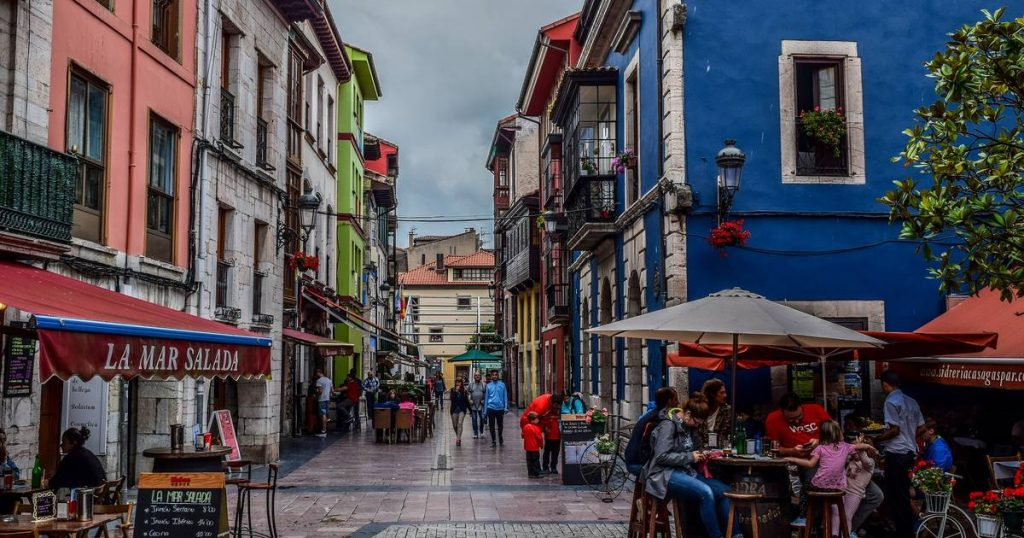 Spanish village against tourists' complaint: 'If you can't handle the countryside, you may not be in the right place'    Abroad