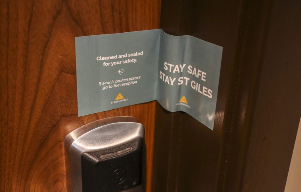 UK starts quarantine hotels: who rules...