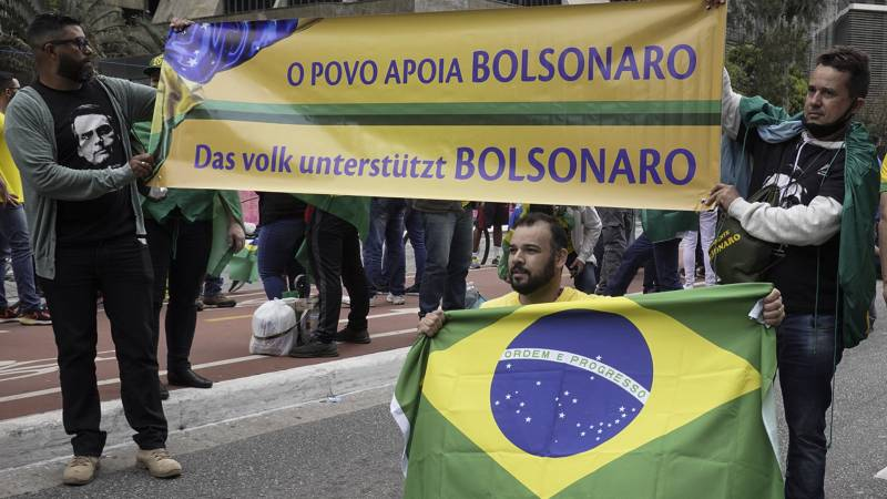 Demonstrations in tense atmosphere on Brazil's Independence Day