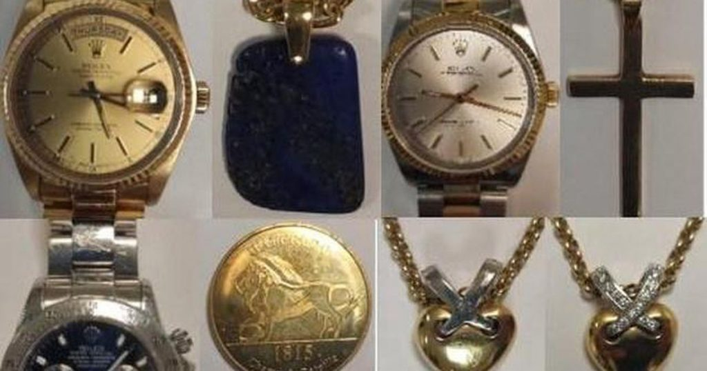 French police are looking for tourists who stole jewelry after being tricked with paint |  Abroad