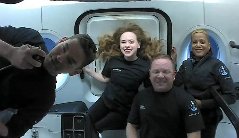 """The """"Netflix"""" crew is safely back on Earth"""