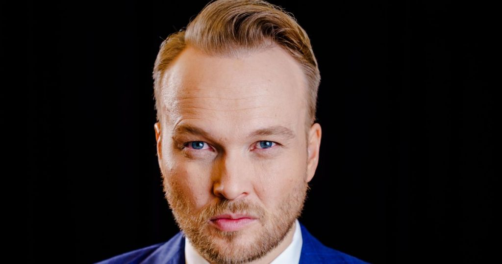 Arjen Lubach trained for The Daily Show for a new show |  stars