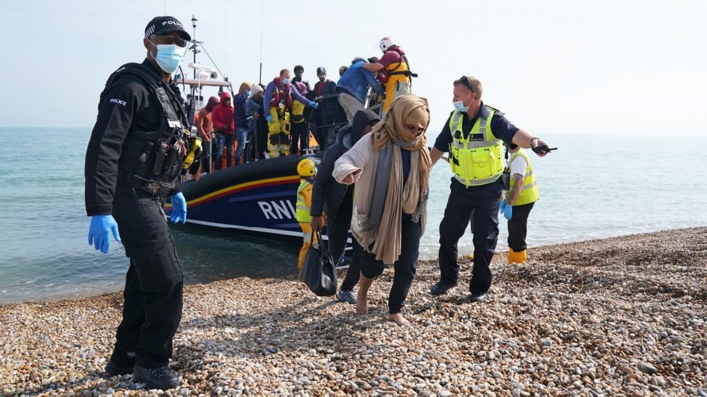British border guards on returning migrant boats: 'not very realistic'