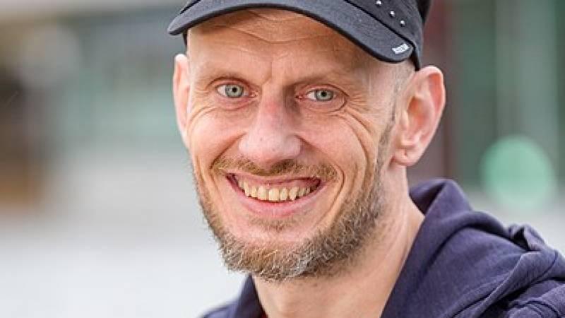 Children's Book Writer Peter Kolwijk Wins Golden Granger Prize