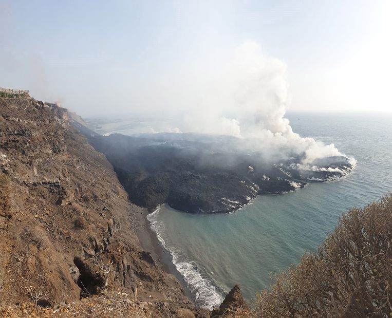La Palma grows lava with 30 football fields, but that still has to cool off for a while: 'a few years before you can keep it up'